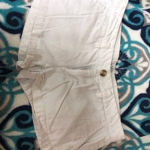 Aeropostale white shorts size 3/4 juniors